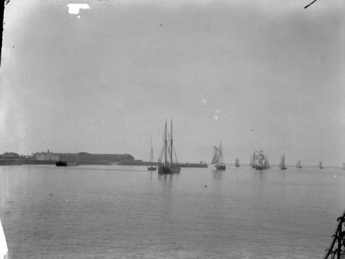 HCz.07(12) Widoki morskie koło Kronsztadtu