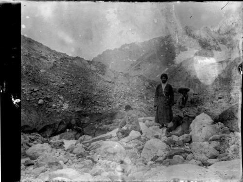 HCz.19(107) Na morenach lodowca Ceja, Droga Osetyńska, Kaukaz