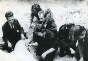 Pracownicy Działu Paleozoologii podczas wykopalisk